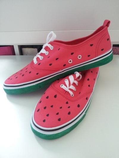 Wassermelonenschuhe
