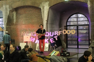 Neighbourhod Food Market Live Musik